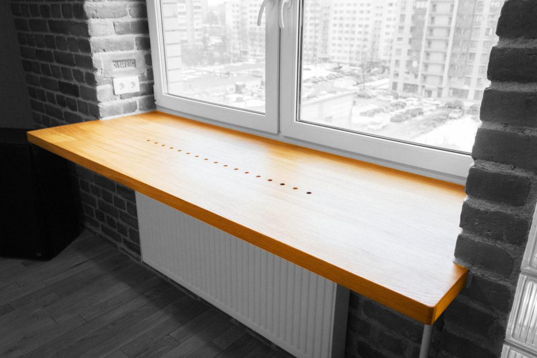 Подоконник-стол в интерьере кухни
